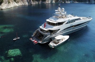 Exterior-superyacht-G3