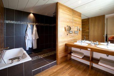 salle-bain-hotel-luxe-garonne-2